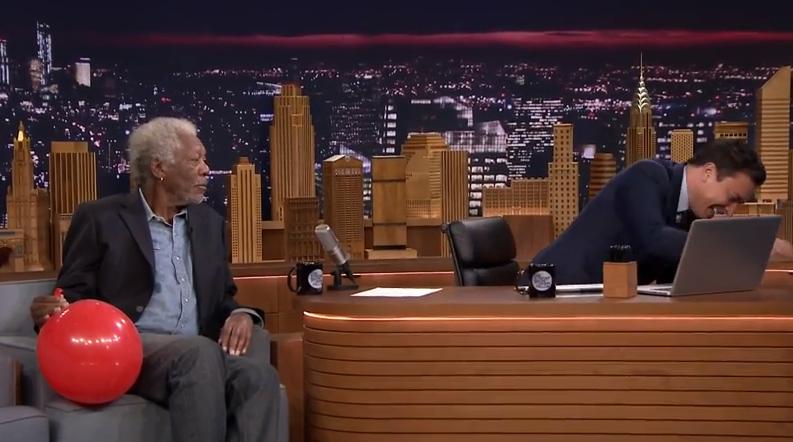 ¿Se imaginan la voz de Morgan Freeman con Helio?